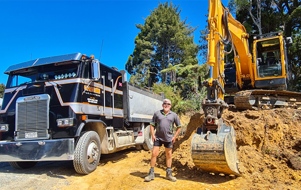 Steve Gillespie offers digger and excavator hire services in Whangarei
